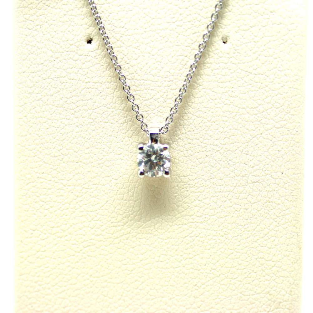 Chain And Pendant In 18K White Gold With Diamond 0,30 Cts