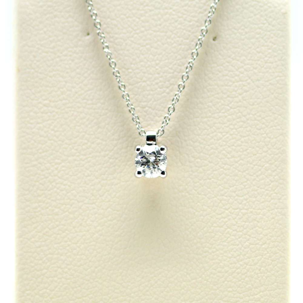 Chain And Pendant In 18K White Gold With Diamond 0,27 Cts