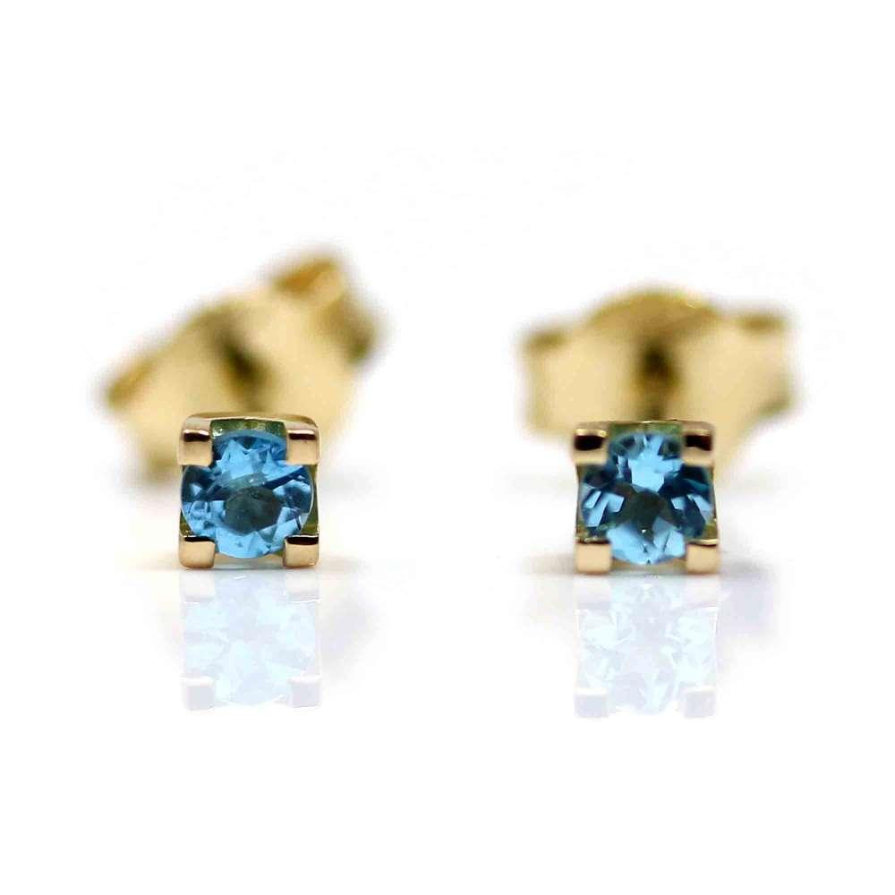 Boucles d'oreilles en or jaune et Blauer Topas
