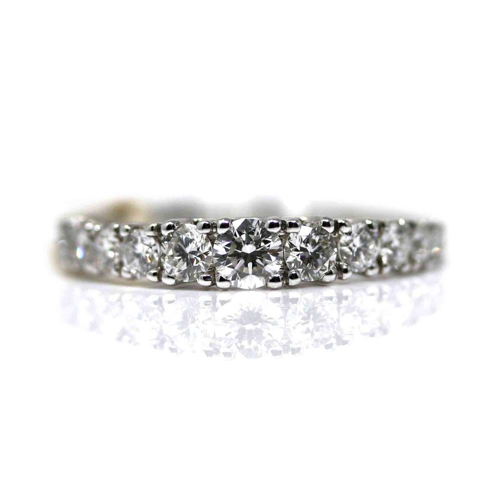 White Gold Ring 18Kl & Diamond 0,62Ct