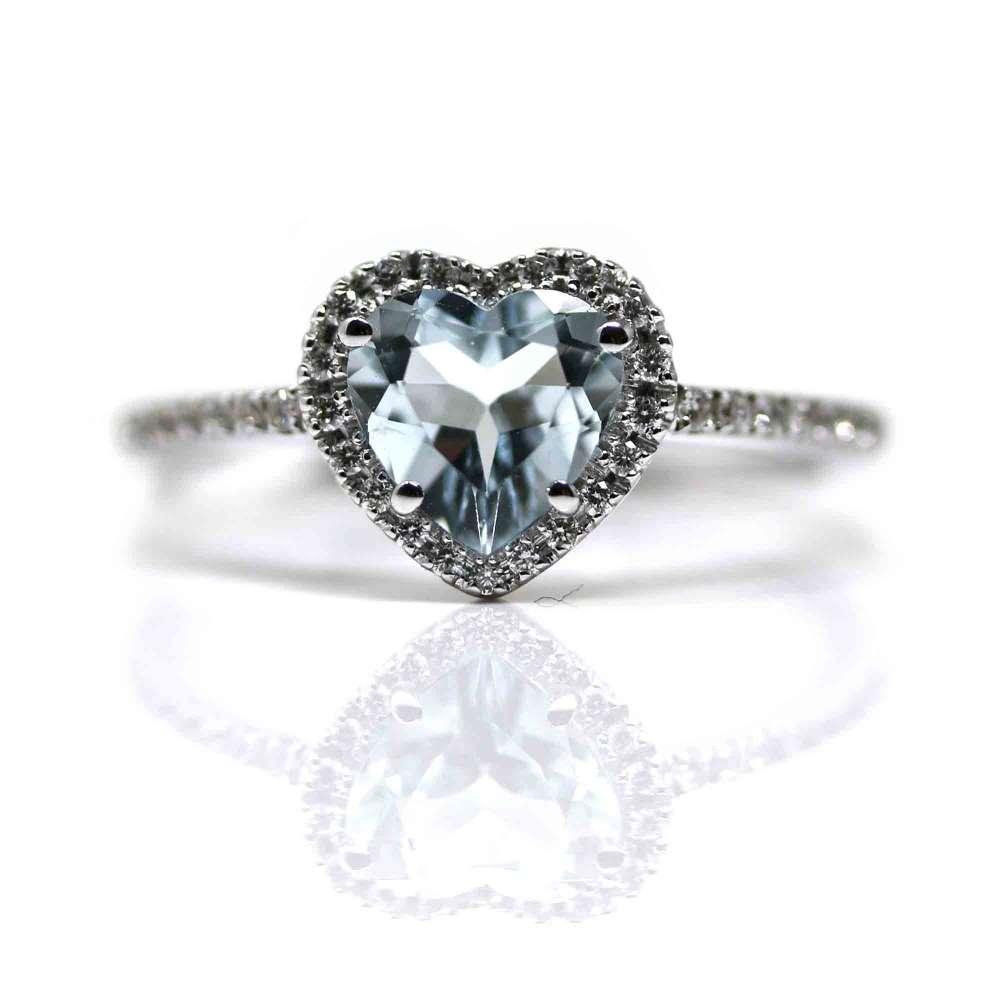Ring 18K White Gold & Diamonds 0.14 Ct and Aquamarine 0.90 Ct