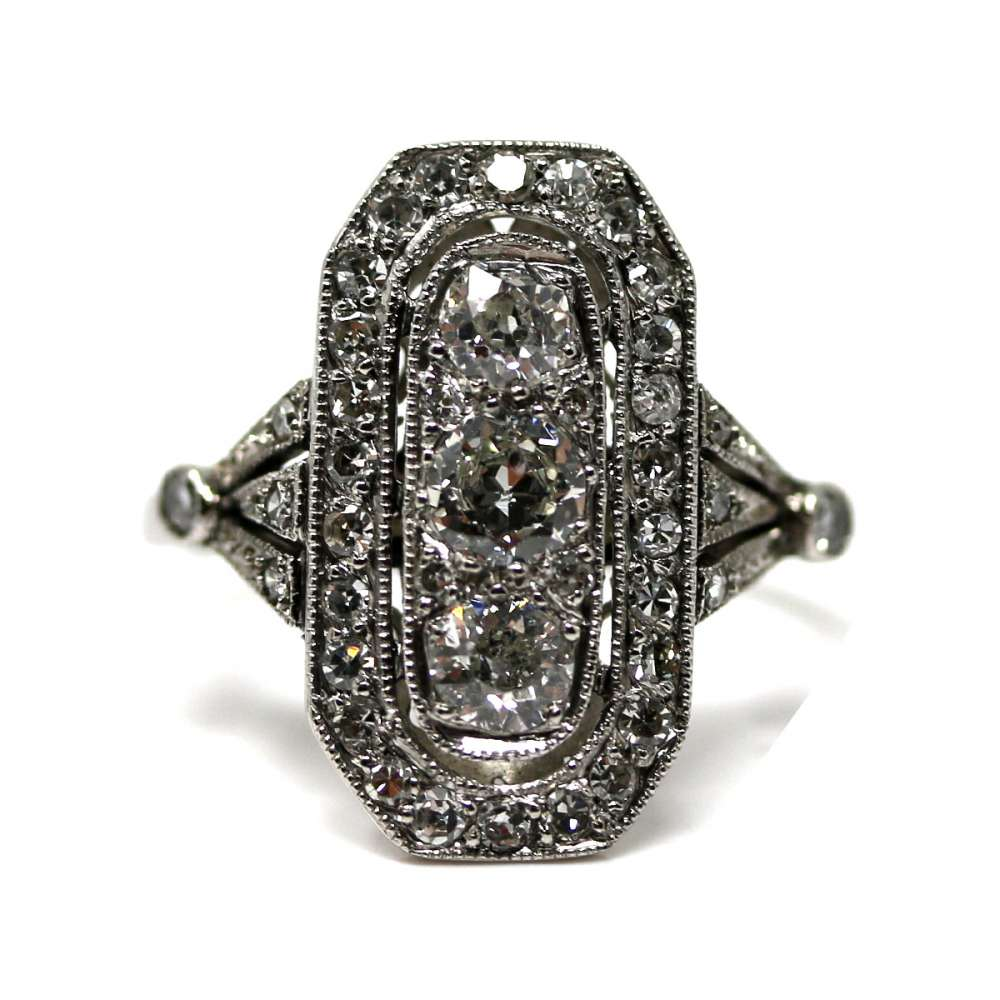 Vintage Ring 0.85 Ct Platinum & Diamond