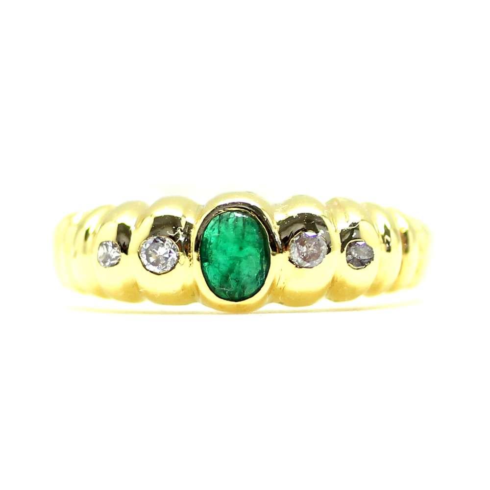 Smaragd 0.13Ct & Diamant 0.06 Ct