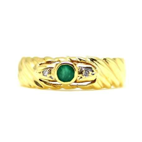 Emerald 0.07Ct & Diamond 0.01Ct