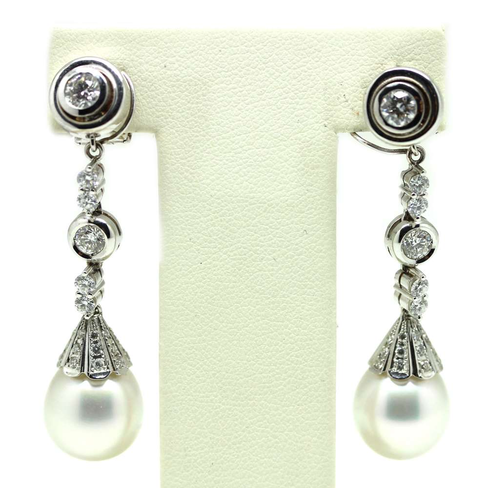 Removable Earrings White Gold 18Kl Cultured Pearl 12mm 0.25 Cts